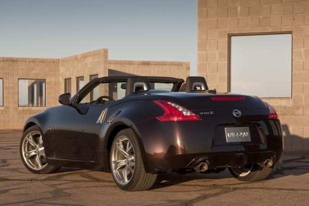 2011 Nissan 370Z: Used Car Review featured image large thumb3