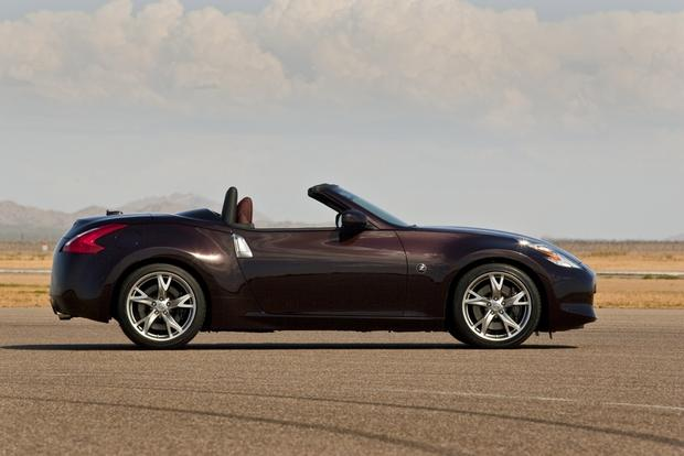 2013 Nissan 370Z: New Car Review featured image large thumb1