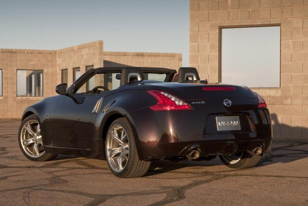 2013 Nissan 370Z: New Car Review featured image large thumb2