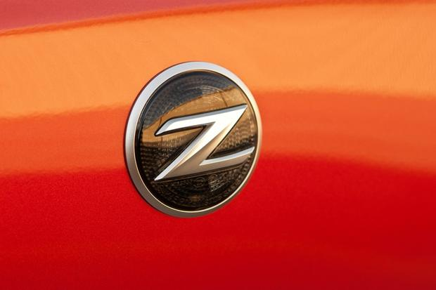2013 Nissan 370Z: New Car Review featured image large thumb6
