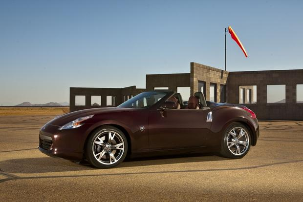 2014 Nissan 370Z: New Car Review featured image large thumb4
