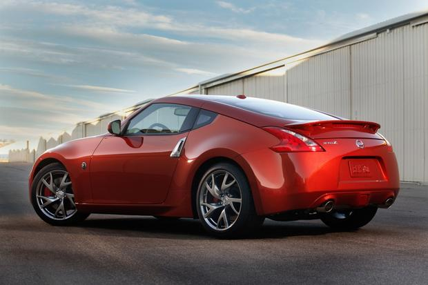 2014 Nissan 370Z: New Car Review featured image large thumb7
