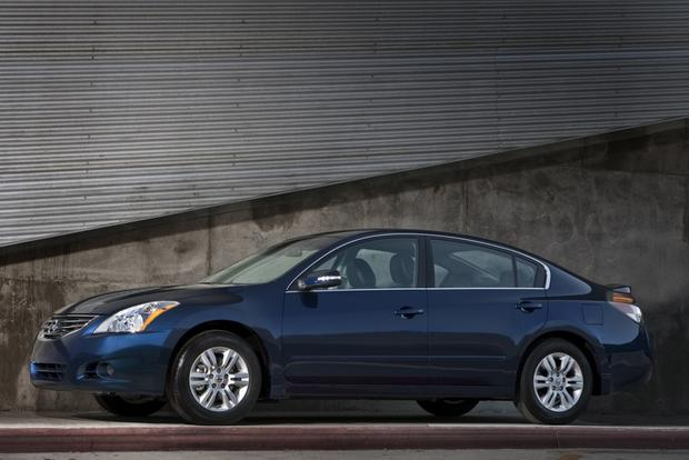 2007-2012 Nissan Altima: Used Car Review featured image large thumb4