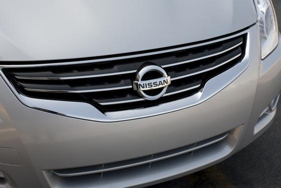 2012 Nissan Altima: New Car Review featured image large thumb7