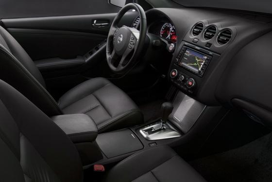 2012 Nissan Altima: New Car Review featured image large thumb14
