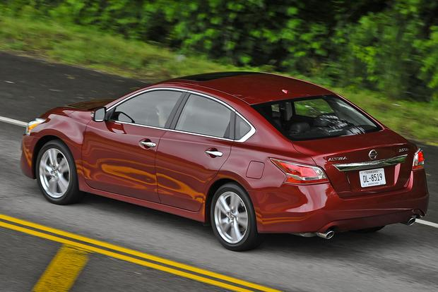 2013 Nissan Altima: Used Car Review Featured Image Large Thumb2
