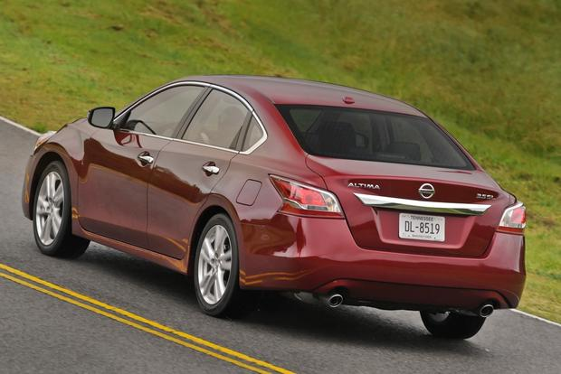 2014 Nissan Altima: Used Car Review Featured Image Large Thumb2