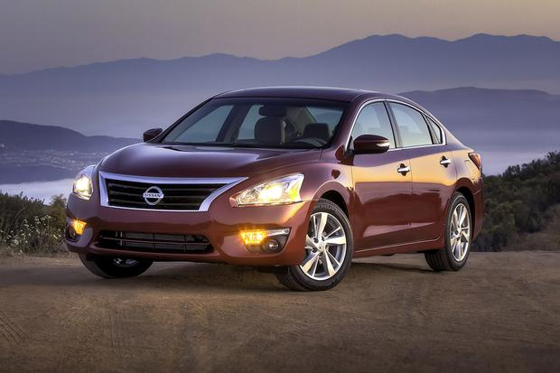 2015 Nissan Altima: Used Car Review Featured Image Large Thumb0