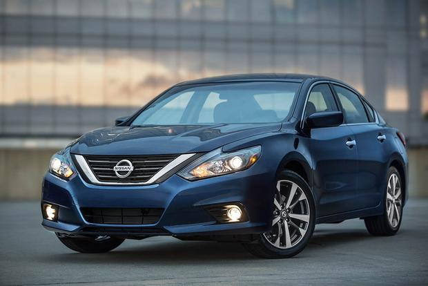 2017 Nissan Altima New Car Review Featured Image Large Thumb0