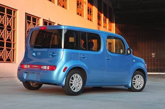 2012 Nissan Cube: New Car Review featured image large thumb1
