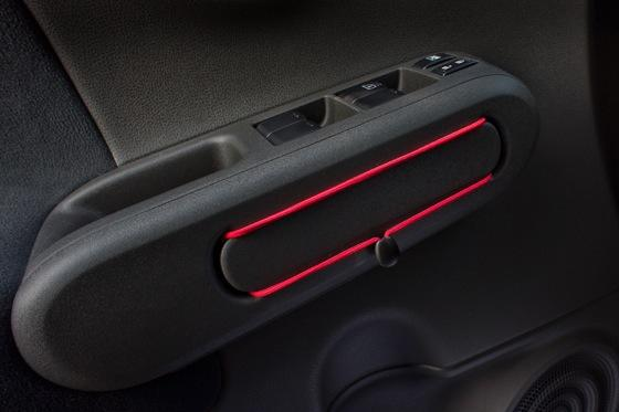 2012 Nissan Cube: New Car Review featured image large thumb13