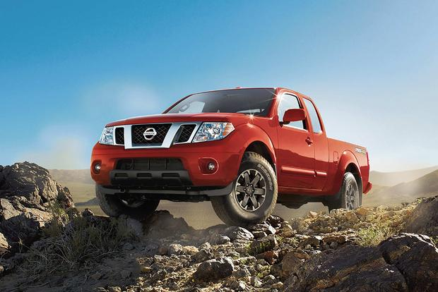 2017 Nissan Frontier: New Car Review featured image large thumb3