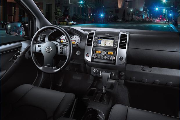 2018 Nissan Frontier: New Car Review featured image large thumb3