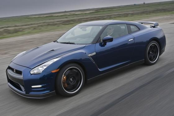 2012 Nissan GT-R: New Car Review featured image large thumb1