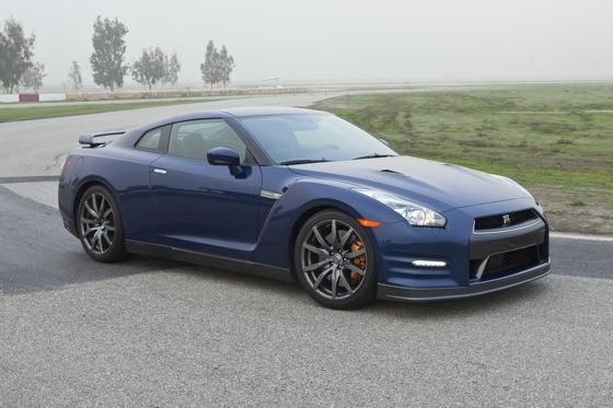 2012 nissan gt r new car review autotrader. Black Bedroom Furniture Sets. Home Design Ideas
