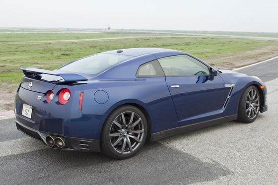 2012 Nissan GT-R: New Car Review featured image large thumb5