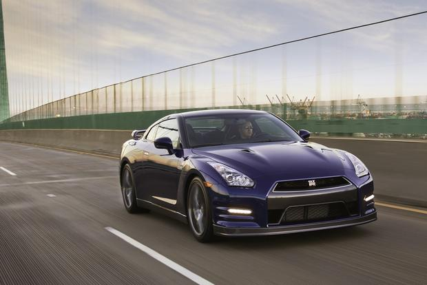 2013 Nissan GT-R: OEM Image Gallery featured image large thumb0