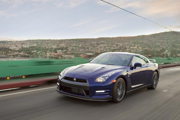2013 Nissan GT-R: OEM Image Gallery featured image large thumb1