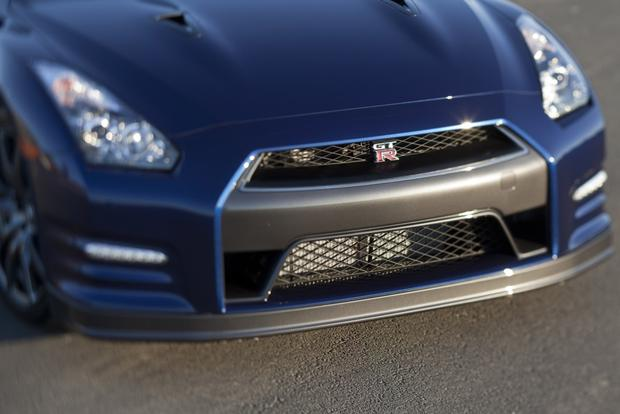 2013 Nissan GT-R: OEM Image Gallery featured image large thumb5