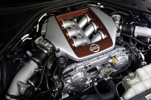 2013 Nissan GT-R: OEM Image Gallery featured image large thumb13
