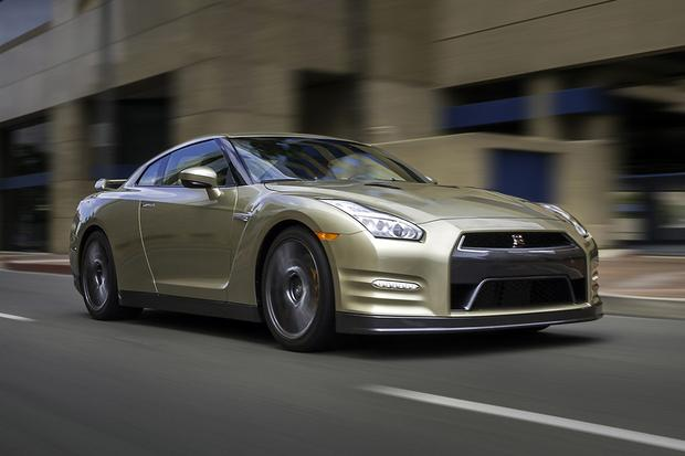 2016 Nissan Gt R New Car Review Featured Image Large Thumb1