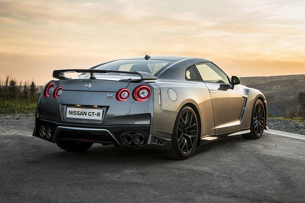 2017 Nissan Gt R New Car Review Featured Image Large Thumb1