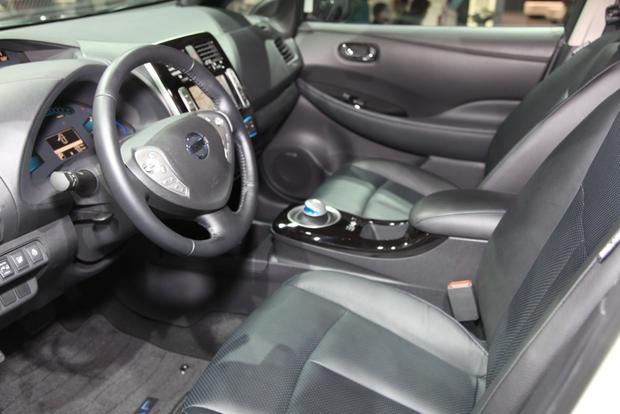 2014 Nissan Versa Note, Leaf, and Clues to a New Murano: Detroit Auto Show featured image large thumb34
