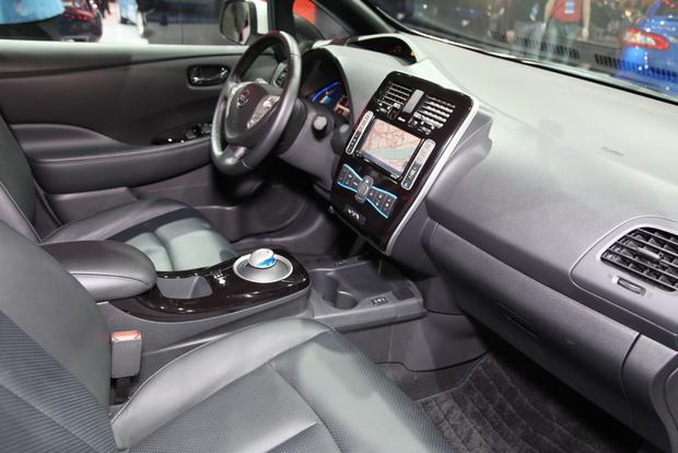 2014 Nissan Versa Note, Leaf, and Clues to a New Murano: Detroit Auto Show featured image large thumb38