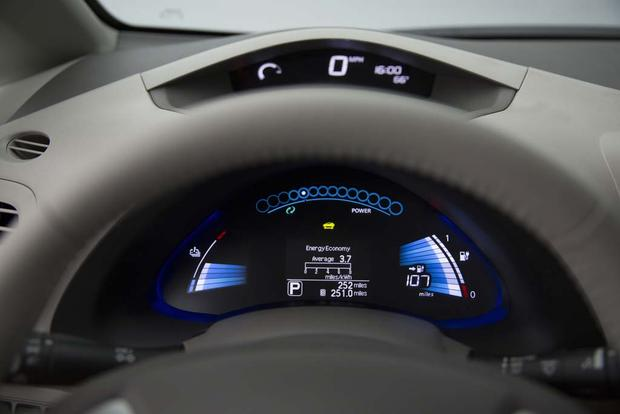 5 Things the All-New Nissan Leaf Must Have featured image large thumb7