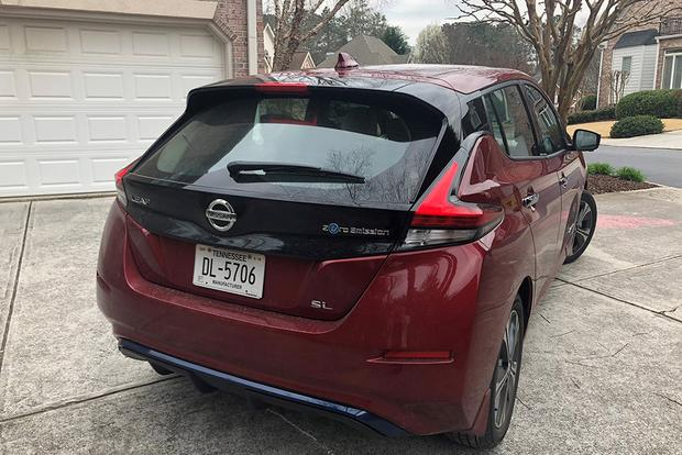 2018 Nissan Leaf Ownership: New vs. Old featured image large thumb4