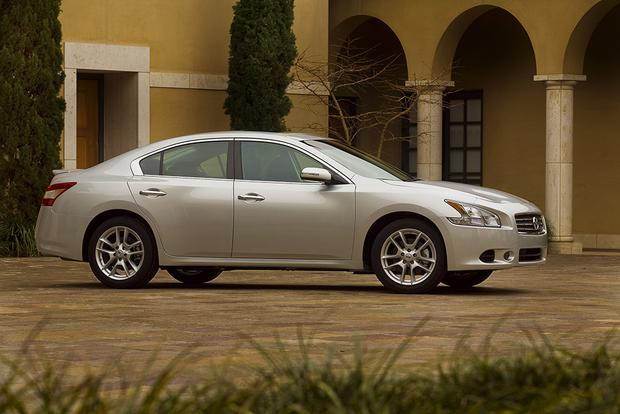 2009 Nissan Maxima: Used Car Review featured image large thumb0