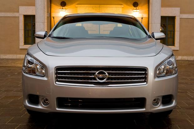 2009 Nissan Maxima: Used Car Review featured image large thumb3