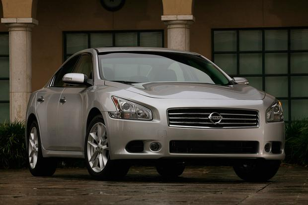 2009 Nissan Maxima: Used Car Review featured image large thumb6