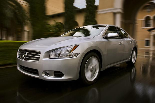 2011 Nissan Maxima: Used Car Review featured image large thumb0