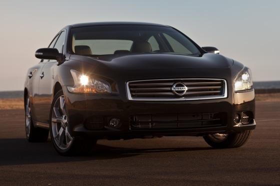 2012 Nissan Maxima: New Car Review featured image large thumb1