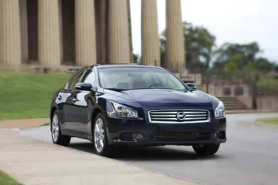 2012 Nissan Maxima: New Car Review featured image large thumb2