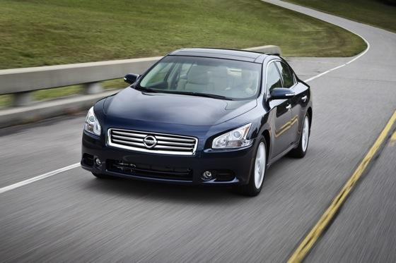 2012 Nissan Maxima: New Car Review featured image large thumb7