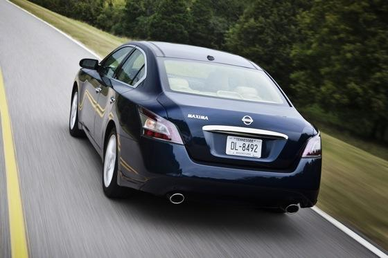 2012 Nissan Maxima: New Car Review featured image large thumb9