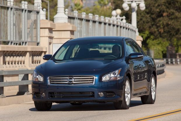 2014 Nissan Maxima: New Car Review featured image large thumb1