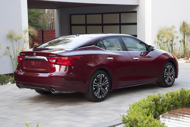 2016 Nissan Maxima: First Drive Review featured image large thumb2