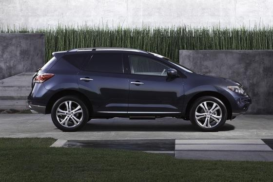2013 Nissan Murano: New Car Review featured image large thumb3