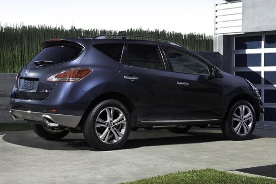 2013 Nissan Murano: New Car Review featured image large thumb4