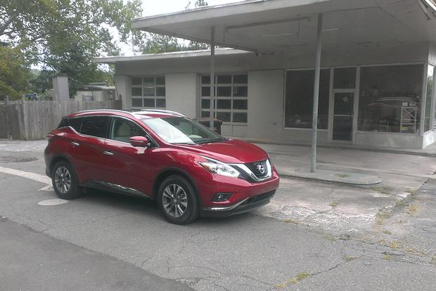 2015 Nissan Murano: Driving the Competition