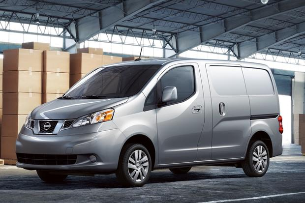 2013 Nissan NV200: First Drive Review featured image large thumb0