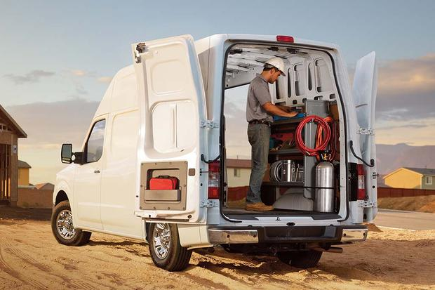 2016 Nissan NV: New Car Review featured image large thumb4
