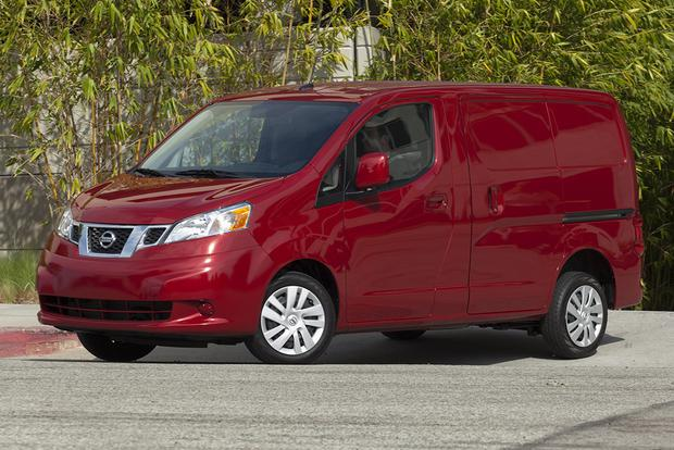 2015 Nissan NV200: New Car Review featured image large thumb0