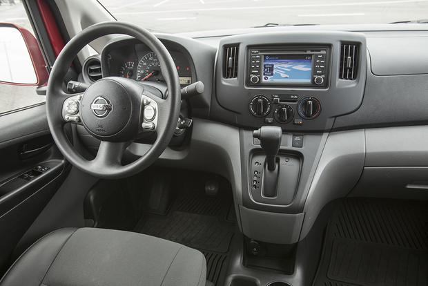 2016 Nissan NV200: New Car Review - Autotrader
