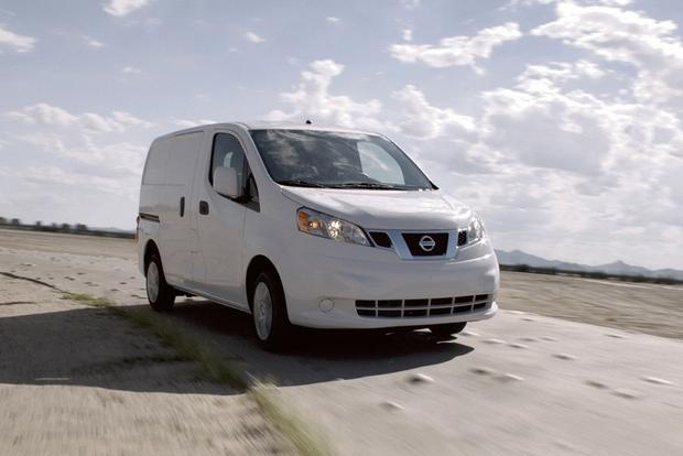2017 nissan nv200 new car review autotrader. Black Bedroom Furniture Sets. Home Design Ideas