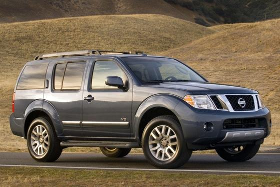 2012 Nissan Pathfinder: New Car Review featured image large thumb0
