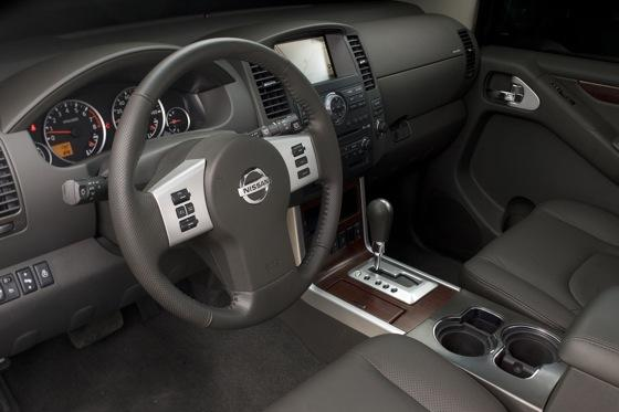 2012 Nissan Pathfinder: New Car Review featured image large thumb8